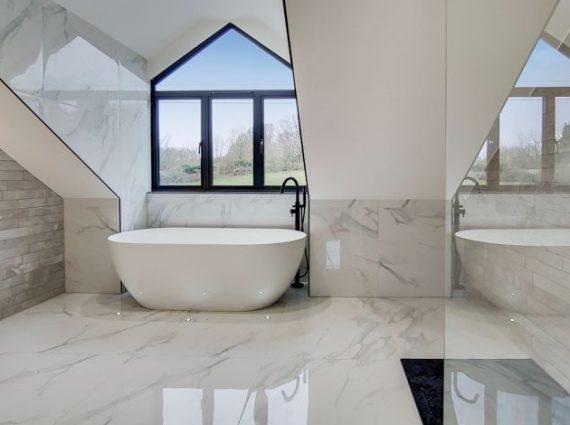 11_Bathroom-1